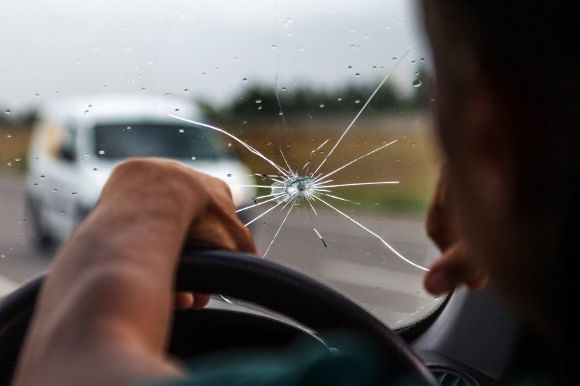 driving with cracked windshield in vancouver