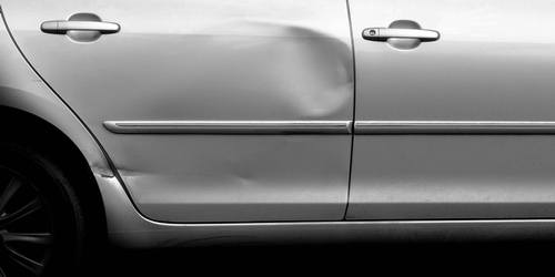 our auto body service in Vancouver also include dent removal