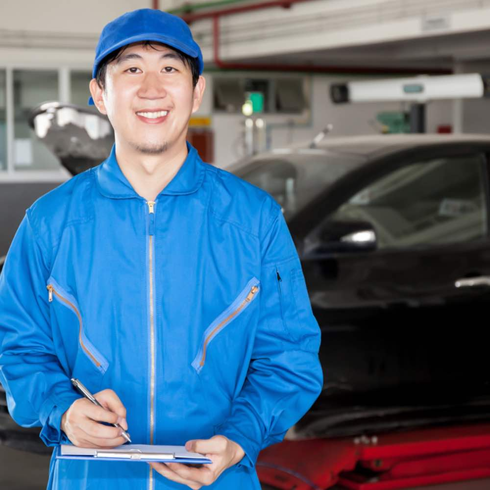 our professional manufactures at our Vancouver auto body shop